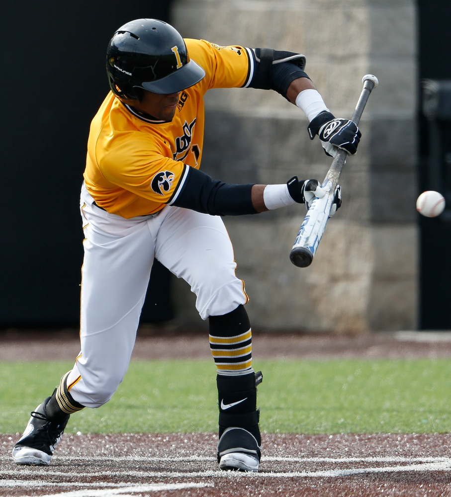 Iowa Hawkeyes infielder Lorenzo Elion (1) lays down a bunt during a game against Evansville at Duane Banks Field on March 18, 2018. (Tork Mason/hawkeyesports.com)