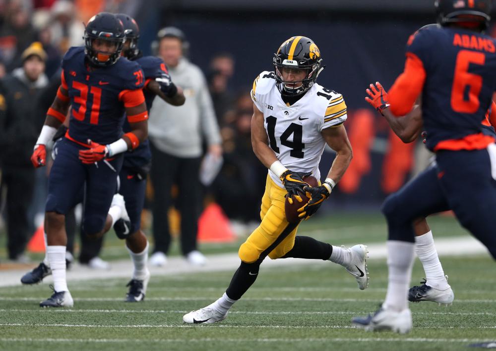 Iowa Hawkeyes wide receiver Kyle Groeneweg (14) against the Illinois Fighting Illini Saturday, November 17, 2018 at Memorial Stadium in Champaign, Ill. (Brian Ray/hawkeyesports.com)