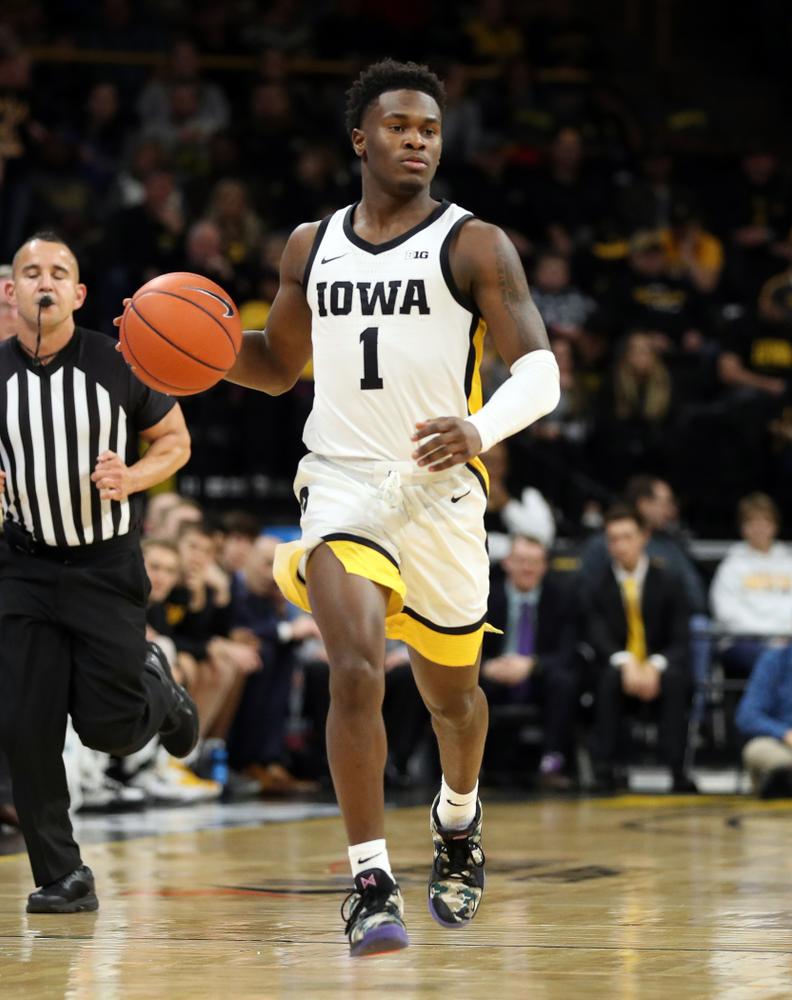 Iowa Hawkeyes guard Joe Toussaint (1) against Oral Roberts Friday, November 15, 2019 at Carver-Hawkeye Arena. (Brian Ray/hawkeyesports.com)