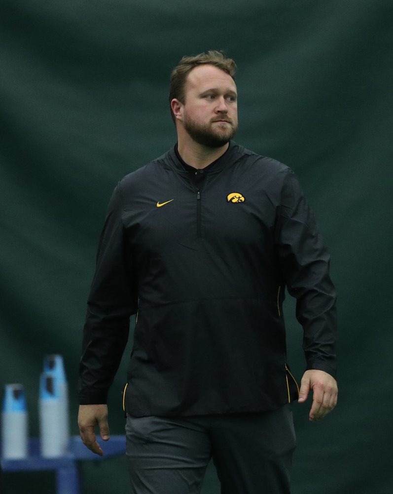 Iowa's throws coach Eric Werskey during the weight throw Friday, January 11, 2019 at the Hawkeye Tennis and Recreation Center. (Brian Ray/hawkeyesports.com)