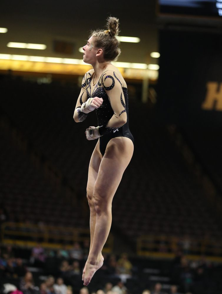 Iowa's Bridget Killian competes on the vault during their meet against Southeast Missouri State Friday, January 11, 2019 at Carver-Hawkeye Arena. (Brian Ray/hawkeyesports.com)