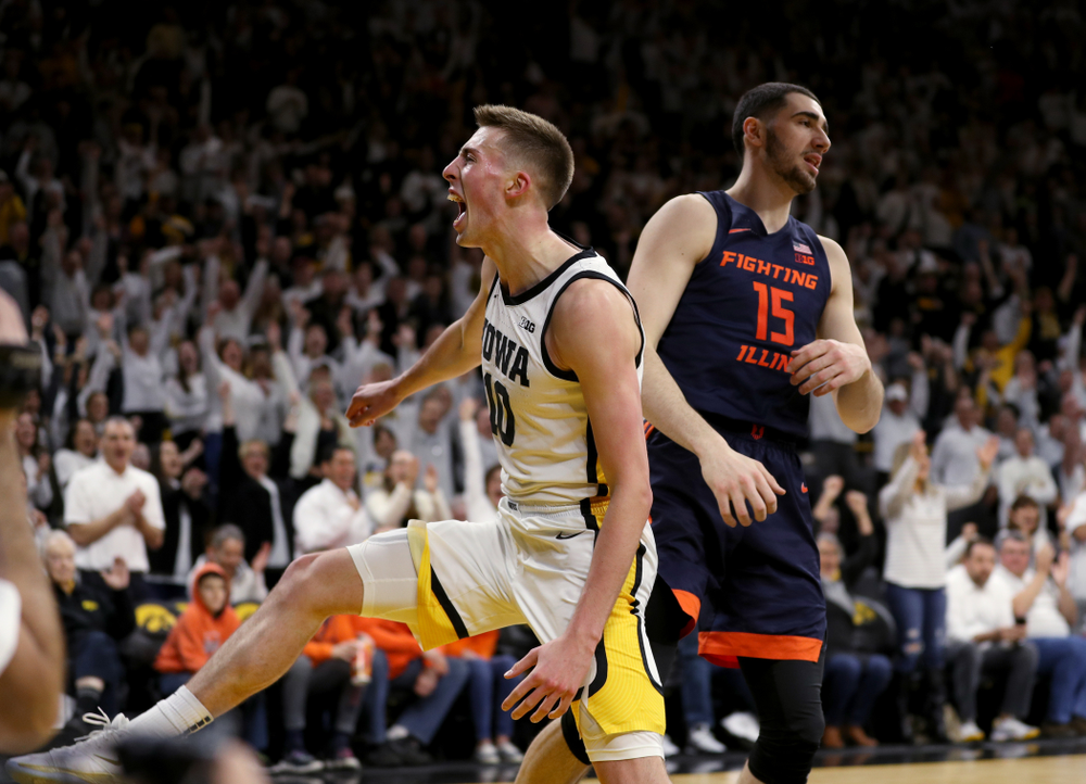 Iowa Hawkeyes guard Joe Wieskamp (10) reacts after dunking the ball against the Illinois Fighting Illini Sunday, February 2, 2020 at Carver-Hawkeye Arena. (Brian Ray/hawkeyesports.com)