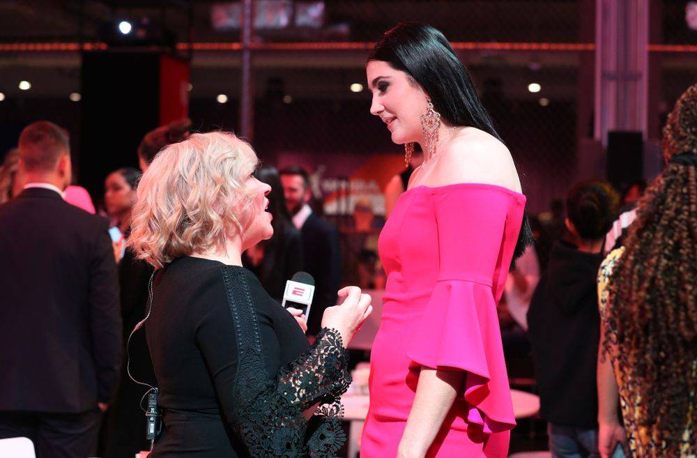 Iowa Hawkeyes forward Megan Gustafson (10) talks with ESPNÕs Holly Rowe  before the 2019 WNBA Draft Wednesday, April 10, 2019 at Nike New York Headquarters in New York City. (Brian Ray/hawkeyesports.com)