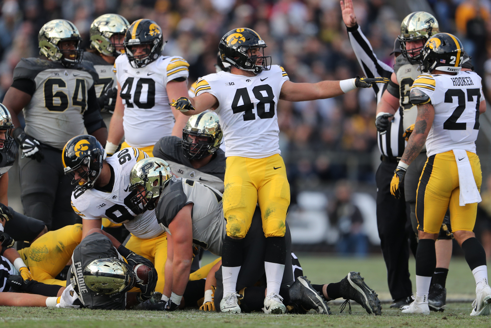 Iowa Hawkeyes linebacker Jack Hockaday (48) against the Purdue Boilermakers Saturday, November 3, 2018 Ross Ade Stadium in West Lafayette, Ind. (Brian Ray/hawkeyesports.com)