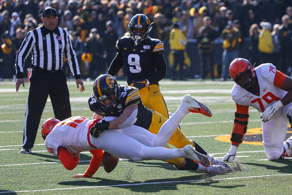 Iowa Hawkeyes linebacker Kristian Welch (34) during Iowa football vs Illinois on Saturday, November 23, 2019 at Kinnick Stadium. (Lily Smith/hawkeyesports.com)