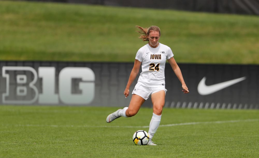 Iowa Hawkeyes Sara Wheaton (24) against the Creighton Bluejays  Sunday, August 19, 2018 at the Iowa Soccer Complex. (Brian Ray/hawkeyesports.com)