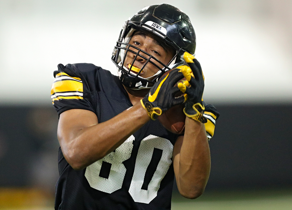 Iowa Hawkeyes tight end Josiah Miamen (80) pulls in a pass during Fall Camp Practice No. 9 at the Hansen Football Performance Center in Iowa City on Monday, Aug 12, 2019. (Stephen Mally/hawkeyesports.com)