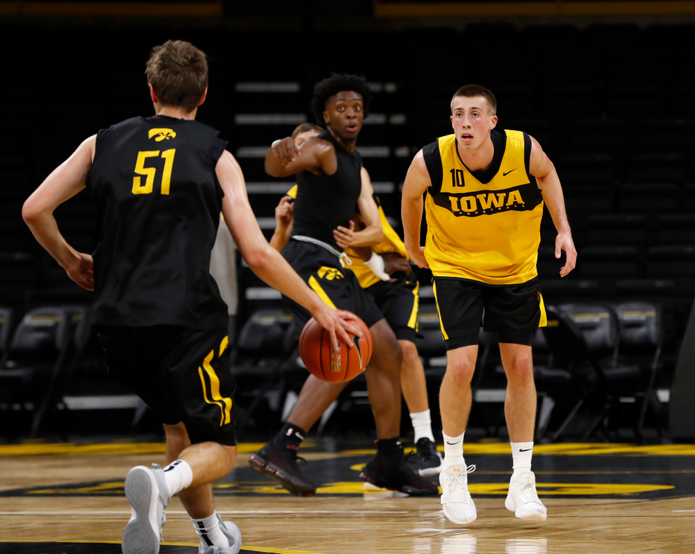 Iowa Hawkeyes guard Joe Wieskamp (10) during the first practice of the season Monday, October 1, 2018 at Carver-Hawkeye Arena. (Brian Ray/hawkeyesports.com)