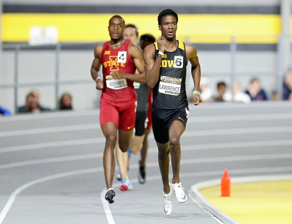 Iowa's Wayne Lawrence Jr. runs the men's 600 meter run premier event during the Larry Wieczorek Invitational at the Recreation Building in Iowa City on Friday, January 17, 2020. Lawrence Jr. set a school record with a time of 1:16.55. (Stephen Mally/hawkeyesports.com)