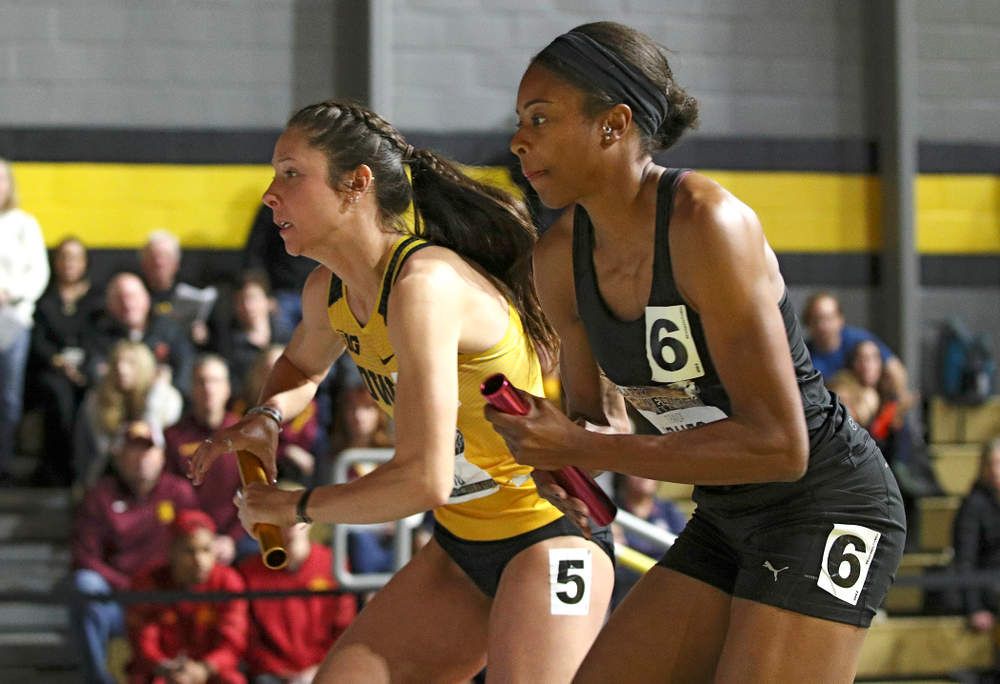 Iowa's Mallory King runs the women's 1600 meter relay premier event during the Larry Wieczorek Invitational at the Recreation Building in Iowa City on Saturday, January 18, 2020. (Stephen Mally/hawkeyesports.com)
