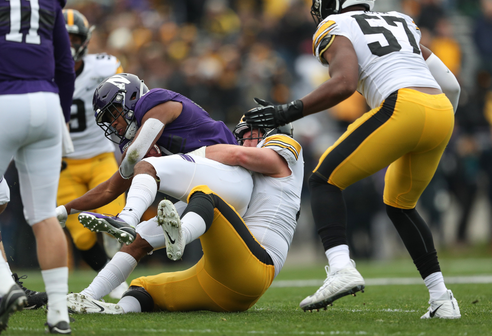 Iowa Hawkeyes defensive lineman Brady Reiff (91) against the Northwestern Wildcats Saturday, October 26, 2019 at Ryan Field in Evanston, Ill. (Brian Ray/hawkeyesports.com)
