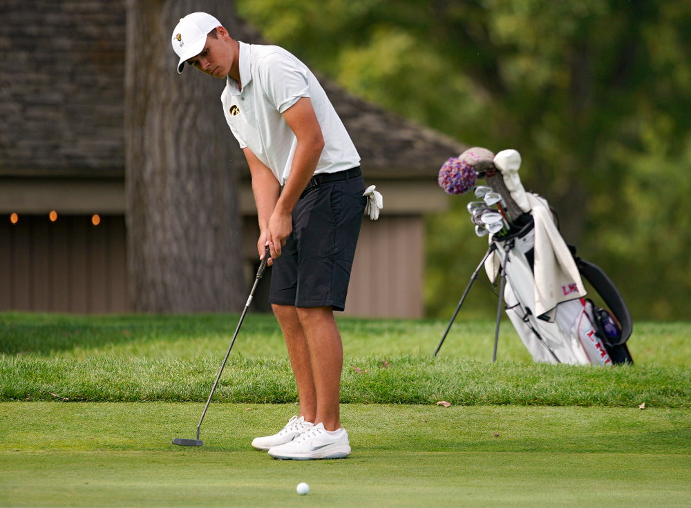 Iowa's Garrett Tighe putts during the second day of the Golfweek Conference Challenge at the Cedar Rapids Country Club in Cedar Rapids on Monday, Sep 16, 2019. (Stephen Mally/hawkeyesports.com)