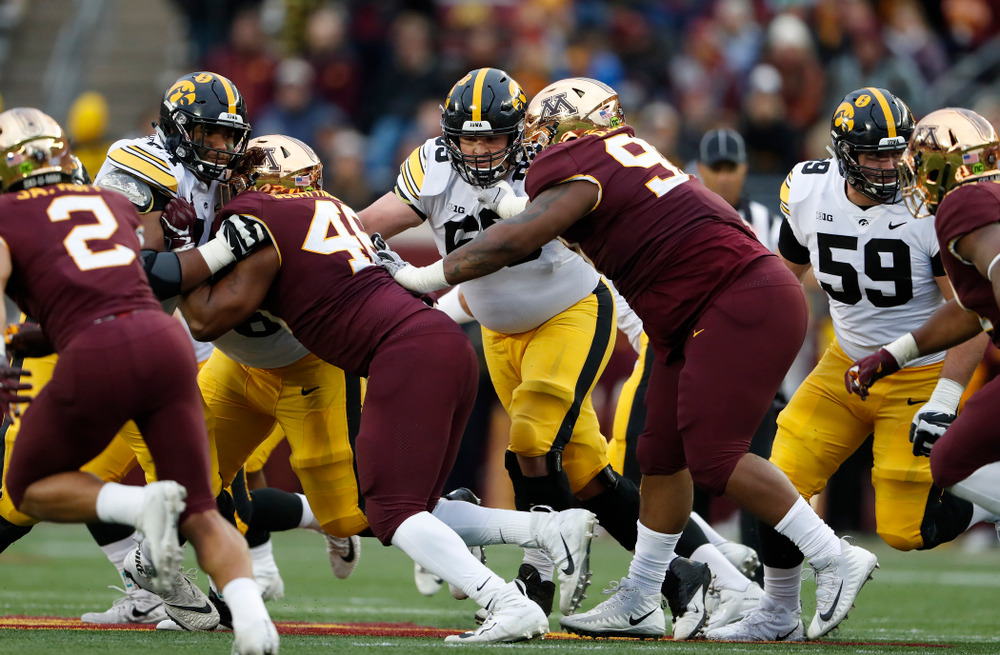 Iowa Hawkeyes offensive lineman Keegan Render (69) against the Minnesota Golden Gophers Saturday, October 6, 2018 at TCF Bank Stadium. (Brian Ray/hawkeyesports.com)
