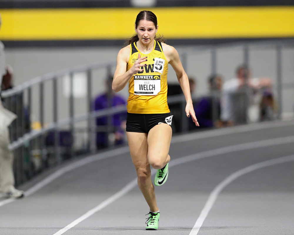 Iowa's Kylie Welch runs the women's 200 meter dash event during the Hawkeye Invitational at the Recreation Building in Iowa City on Saturday, January 11, 2020. (Stephen Mally/hawkeyesports.com)