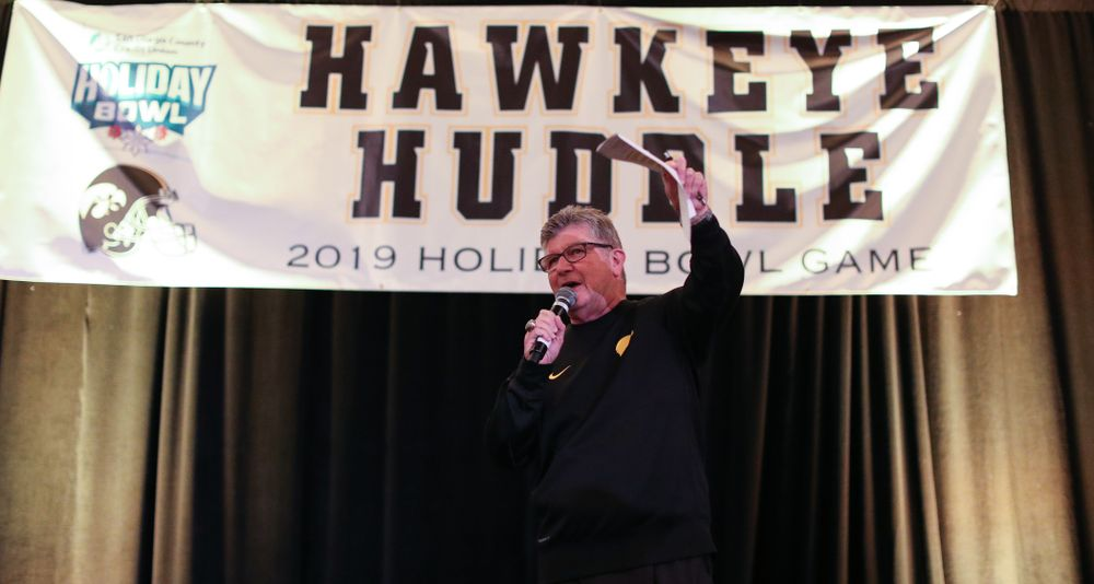 Gary Dolphin talks during the Holiday Bowl Hawkeye Huddle Thursday, December 26, 2019 at the Hilton in downtown San Diego. (Brian Ray/hawkeyesports.com)
