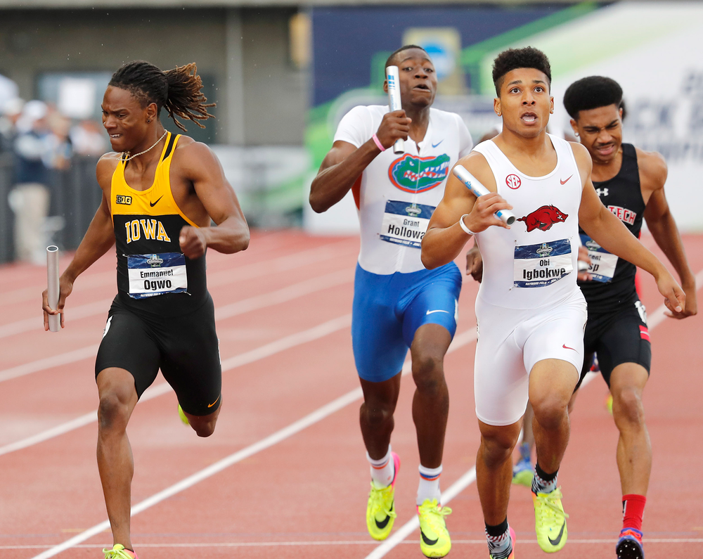 Emmanuel Ogwo-- 4x400 relay