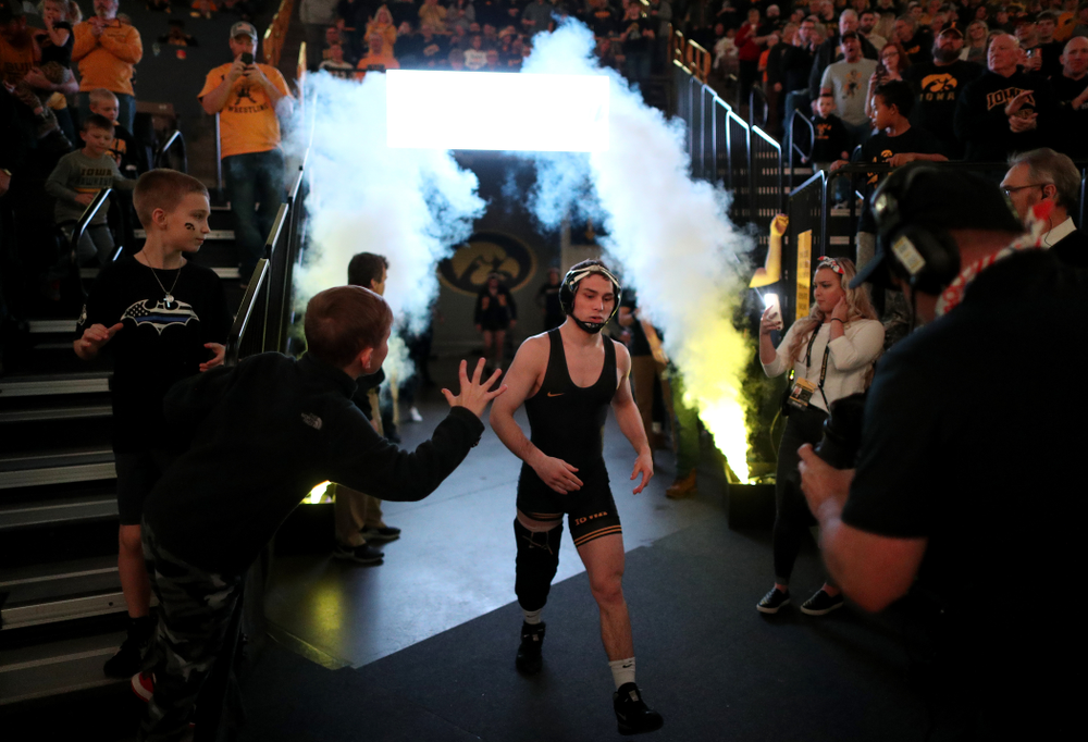Iowa's Spencer Lee wrestles Nebraska's Alex Thomsen at 125 pounds Saturday, January 18, 2020 at Carver-Hawkeye Arena. Lee won the match with an 18-0 technical fall. (Brian Ray/hawkeyesports.com)