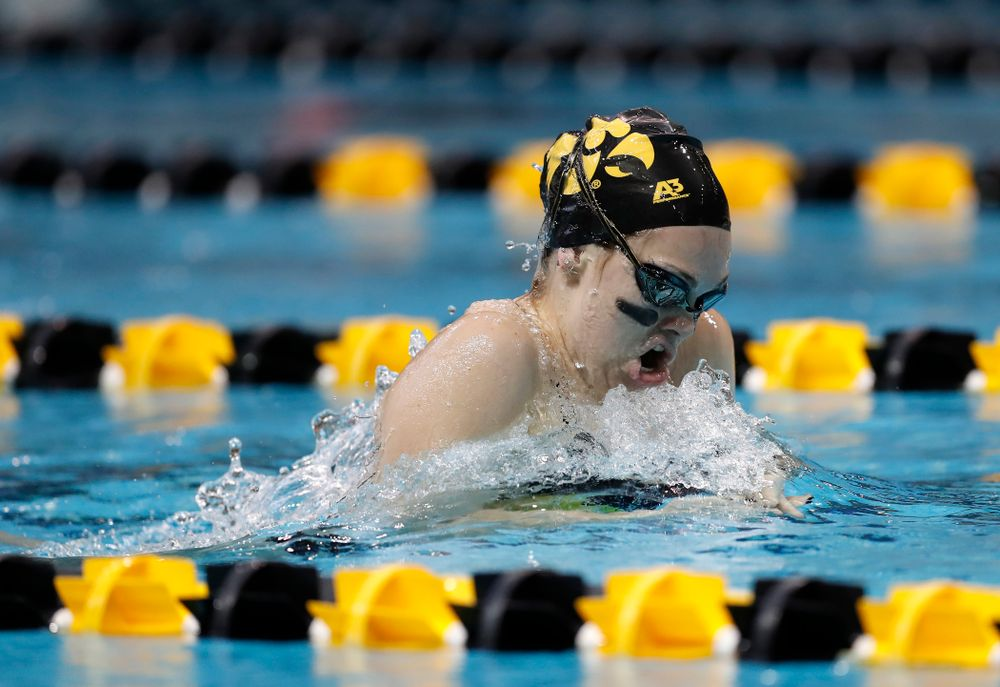 Lexi Horner swims the breaststroke leg of the 200 yard medley relay during the Black and Gold Intrasquad Saturday, September 29, 2018 at the Campus Recreation and Wellness Center. (Brian Ray/hawkeyesports.com)