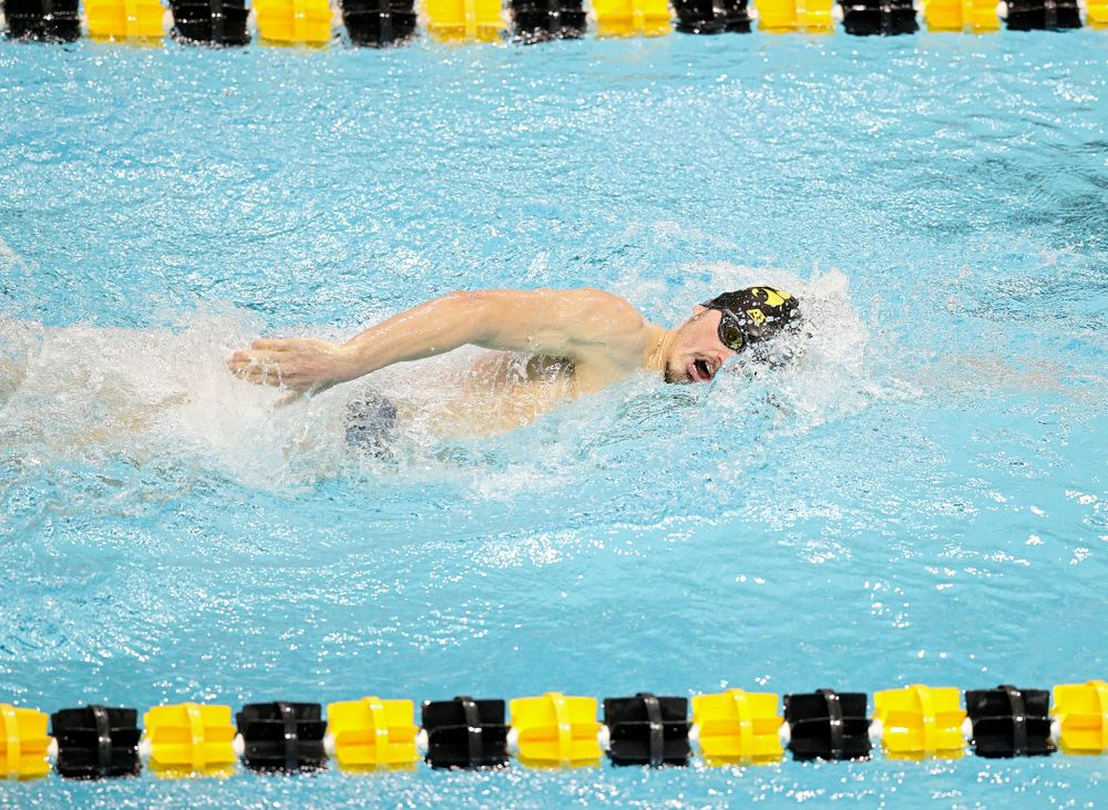 Iowa's Tom Schab swims the men's 500 yard freestyle event during their meet at the Campus Recreation and Wellness Center in Iowa City on Friday, February 7, 2020. (Stephen Mally/hawkeyesports.com)