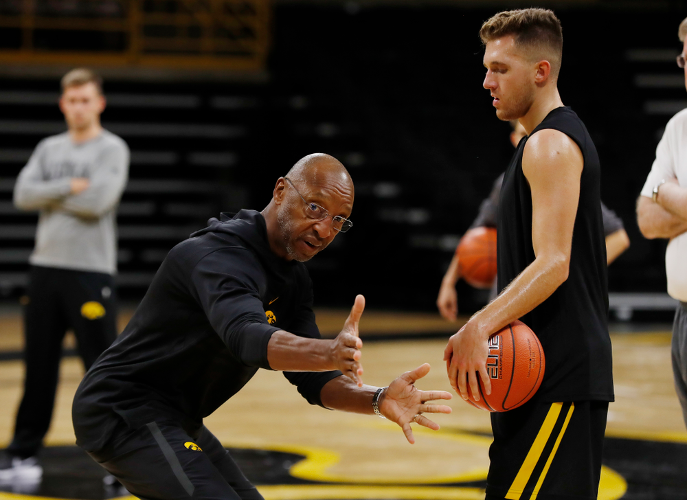 Assistant coach Sherman Dillard during the first practice of the season Monday, October 1, 2018 at Carver-Hawkeye Arena. (Brian Ray/hawkeyesports.com)