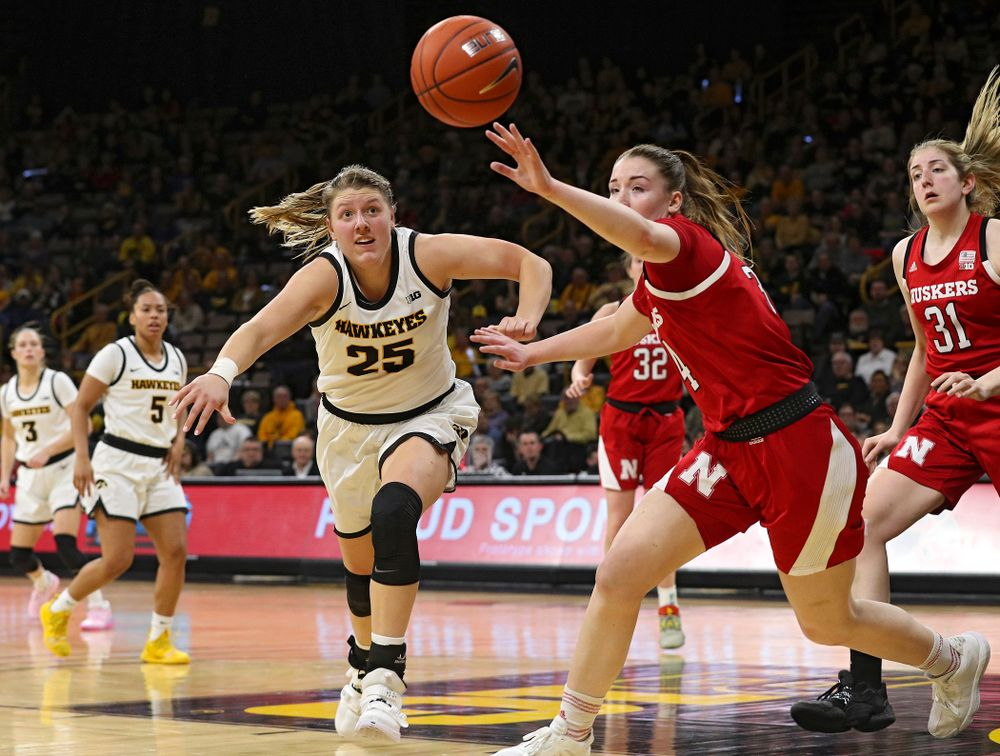 Iowa Hawkeyes forward Monika Czinano (25) tries to chase down a loose ball during the fourth quarter of the game at Carver-Hawkeye Arena in Iowa City on Thursday, February 6, 2020. (Stephen Mally/hawkeyesports.com)