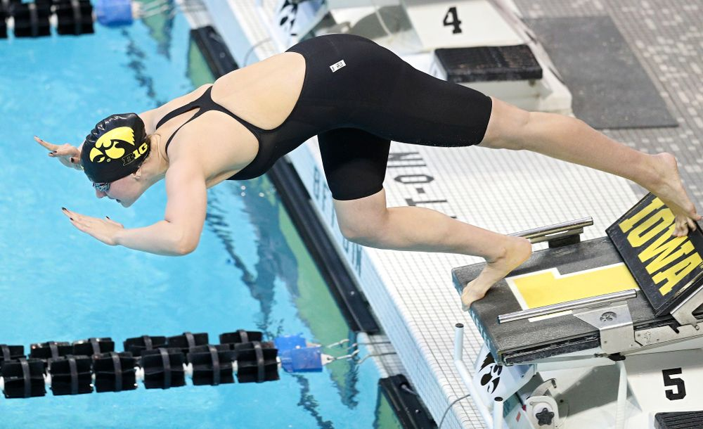 Iowa's Hannah Burvill swims the women's 50 yard freestyle preliminary event during the 2020 Women's Big Ten Swimming and Diving Championships at the Campus Recreation and Wellness Center in Iowa City on Thursday, February 20, 2020. (Stephen Mally/hawkeyesports.com)