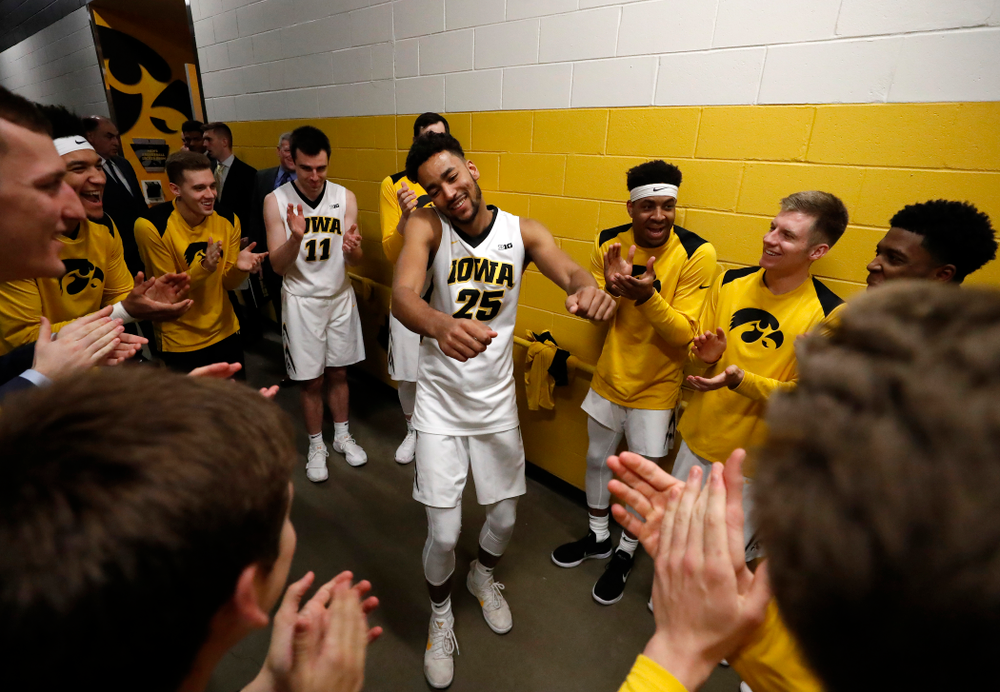 Iowa Hawkeyes forward Dom Uhl (25)