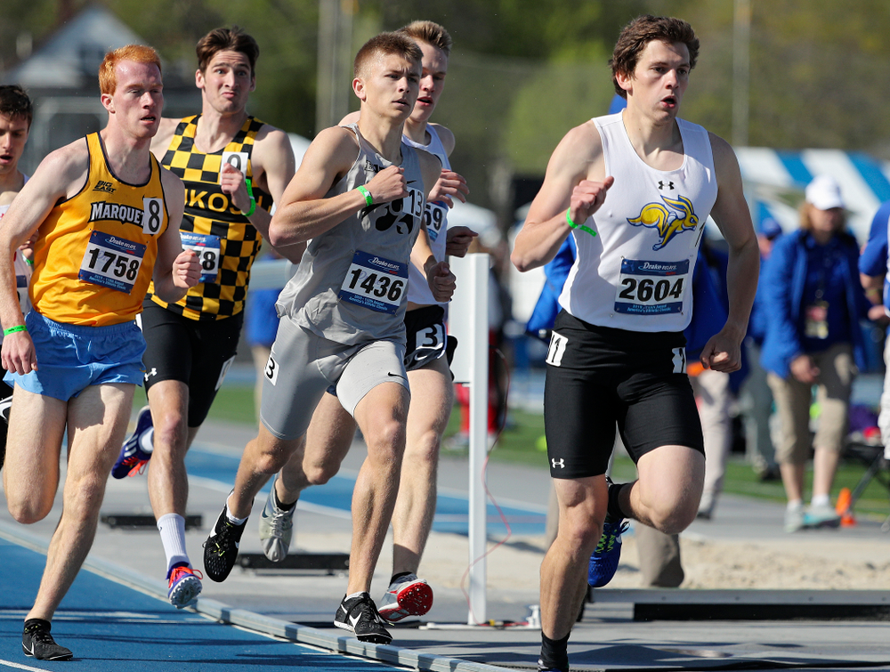 Iowa's Tyler Olson runs the men's 800 meter event during the first day of the Drake Relays at Drake Stadium in Des Moines on Thursday, Apr. 25, 2019. (Stephen Mally/hawkeyesports.com)