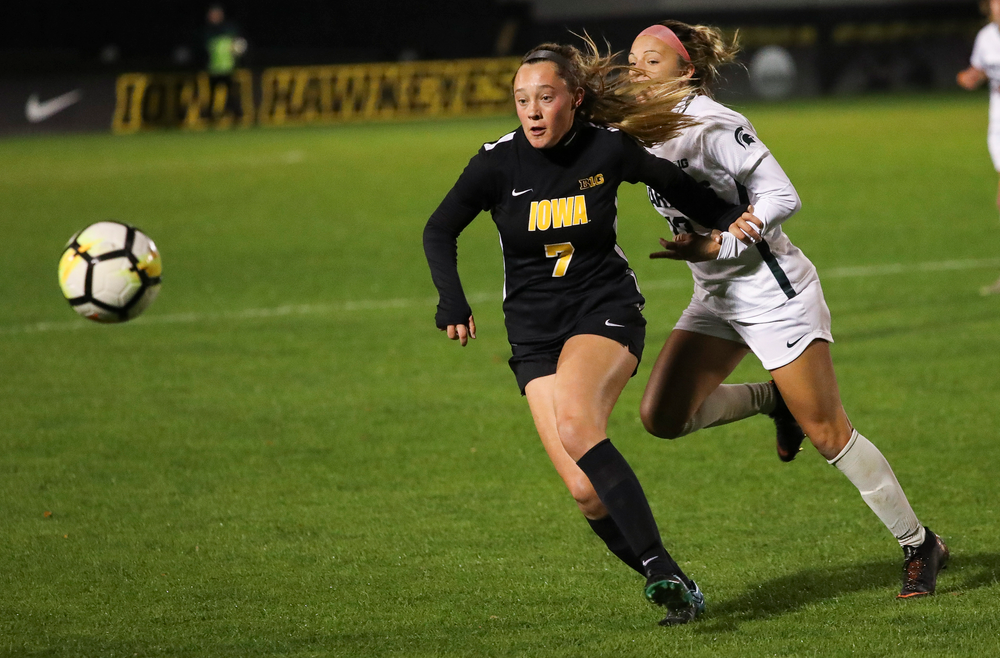 Iowa Hawkeyes forward Skylar Alward (7) chases down the ball during a game against Michigan State at the Iowa Soccer Complex on October 12, 2018. (Tork Mason/hawkeyesports.com)
