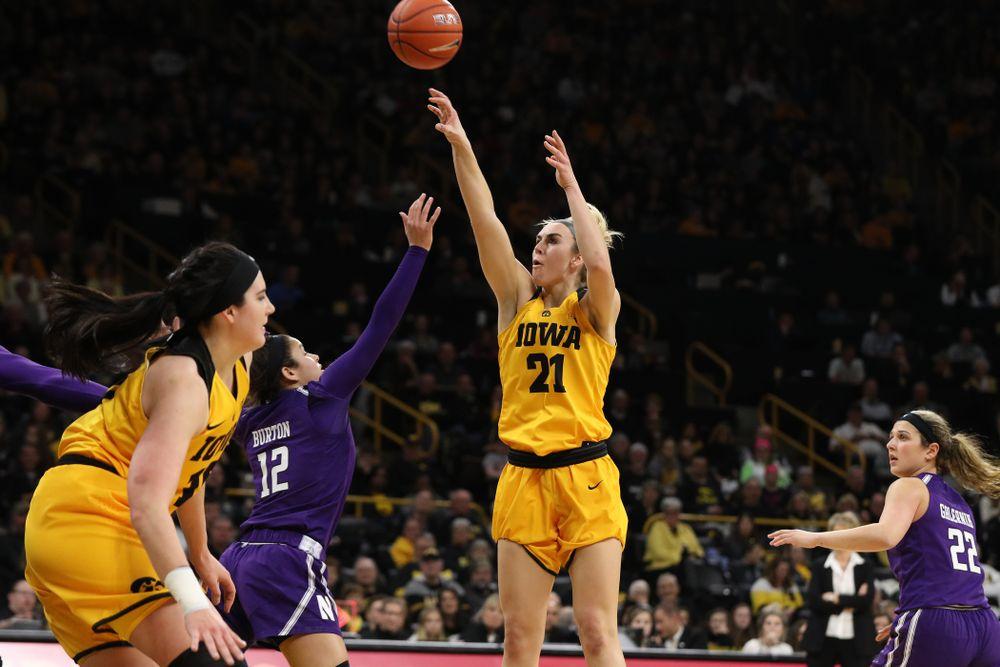 Iowa Hawkeyes forward Hannah Stewart (21) against the Northwestern Wildcats Sunday, March 3, 2019 at Carver-Hawkeye Arena. (Brian Ray/hawkeyesports.com)