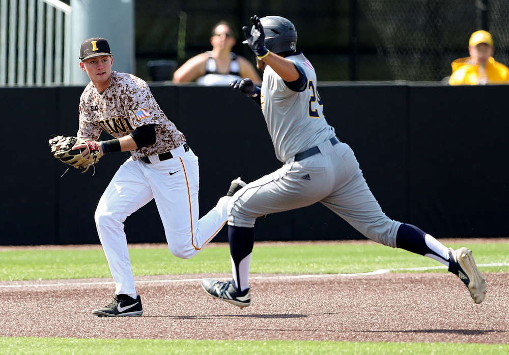 Iowa Hawkeyes third baseman Brendan Sher (2) prepares to tag out a runner during the fifth inning of their game against UC Irvine at Duane Banks Field in Iowa City on Sunday, May. 5, 2019. (Stephen Mally/hawkeyesports.com)