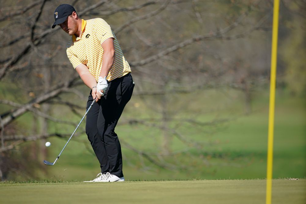 Iowa's Alex Schaake chips onto the green during the third round of the Hawkeye Invitational at Finkbine Golf Course in Iowa City on Sunday, Apr. 21, 2019. (Stephen Mally/hawkeyesports.com)