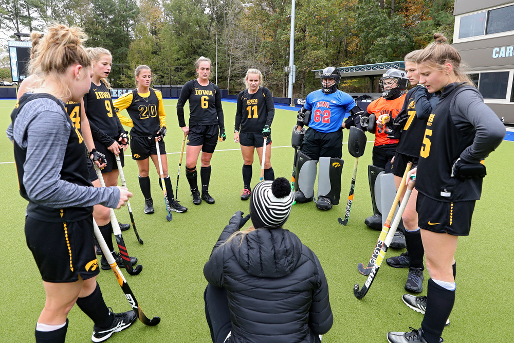 Iowa assistant coach Roz Ellis talks with her team during their practice at Karen Shelton Stadium in Chapel Hill, N.C. on Thursday, Nov 14, 2019. (Stephen Mally/hawkeyesports.com)