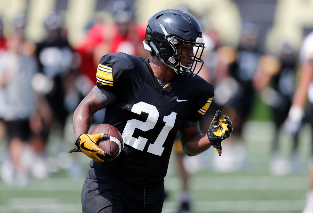 Iowa Hawkeyes running back Ivory Kelly-Martin (21) during fall camp practice No. 9 Friday, August 10, 2018 at the Kenyon Practice Facility. (Brian Ray/hawkeyesports.com)