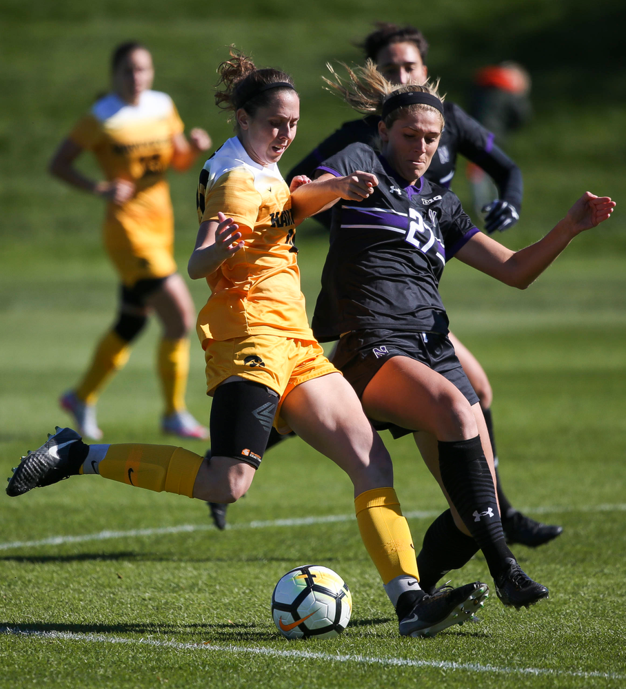 Iowa Hawkeyes midfielder Josie Durr (25) dribbles the ball during a game against Northwestern at the Iowa Soccer Complex on October 21, 2018. (Tork Mason/hawkeyesports.com)
