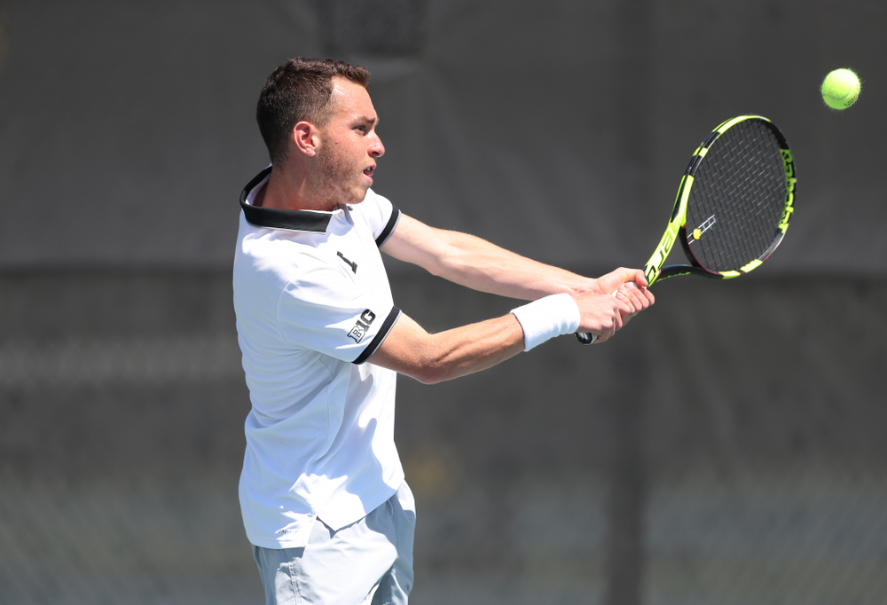 IowaÕs Kareem Allaf against the Michigan Wolverines Sunday, April 21, 2019 at the Hawkeye Tennis and Recreation Complex. (Brian Ray/hawkeyesports.com)