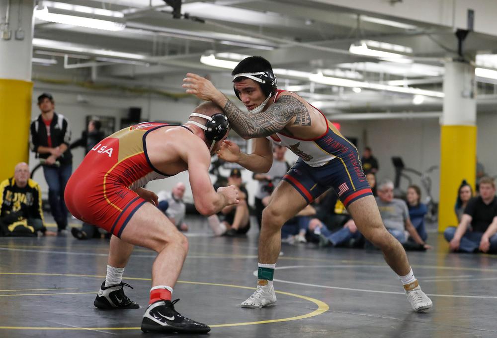 Pat Lugo major dec. Zach Axmear, 18-6