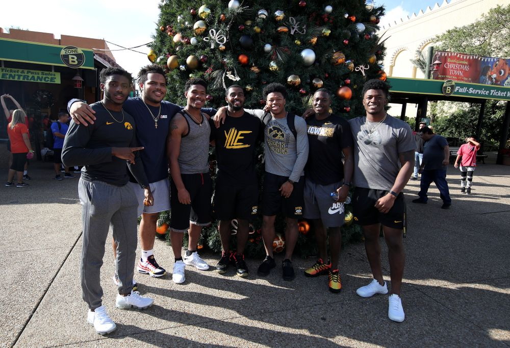 The Iowa Hawkeyes during an Outback Bowl team event Saturday, December 29, 2018 at Busch Gardens in Tampa, FL. (Brian Ray/hawkeyesports.com)
