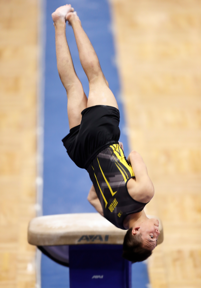 Iowa's Kulani Taylor competes on the vault