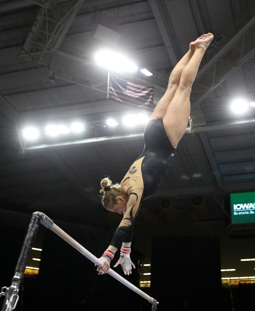 Iowa's Emma Hartzler competes on the bars during their meet against Southeast Missouri State Friday, January 11, 2019 at Carver-Hawkeye Arena. (Brian Ray/hawkeyesports.com)
