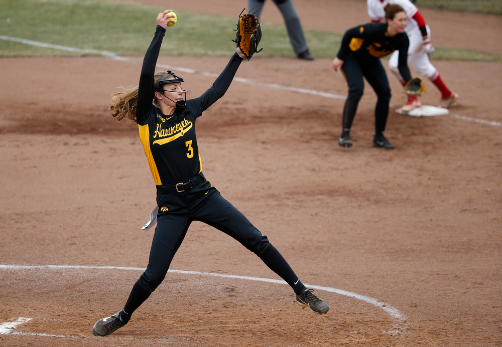 Iowa Hawkeyes pitcher Allison Doocy (3)