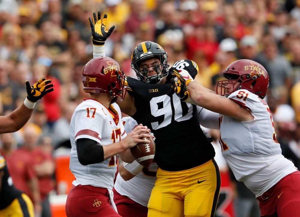Iowa Hawkeyes defensive end Sam Brincks (90) against the Iowa State Cyclones Saturday, September 8, 2018 at Kinnick Stadium. (Brian Ray/hawkeyesports.com)