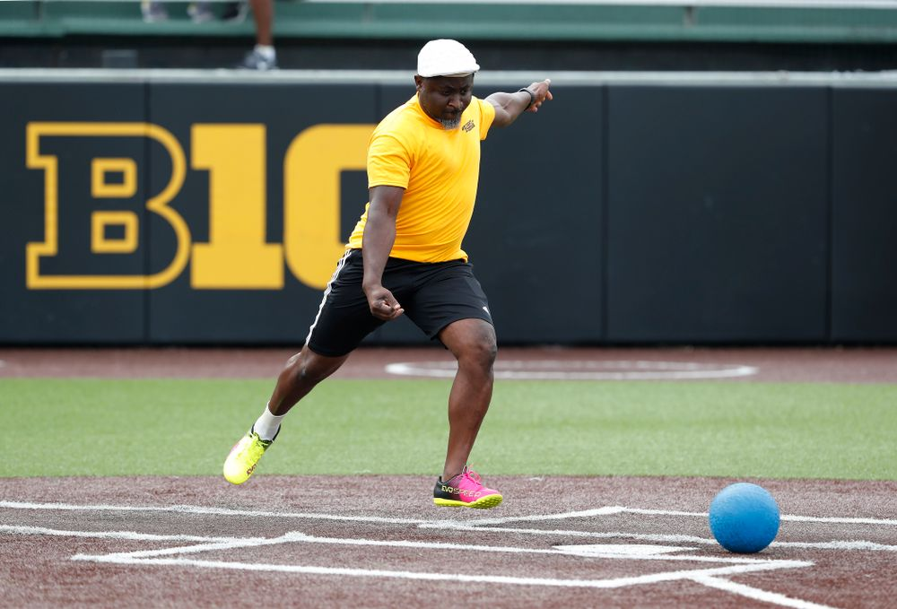 Director of Athletics IT Eddie Etsey during the Iowa Student Athlete Kickoff Kickball game  Sunday, August 19, 2018 at Duane Banks Field. (Brian Ray/hawkeyesports.com)