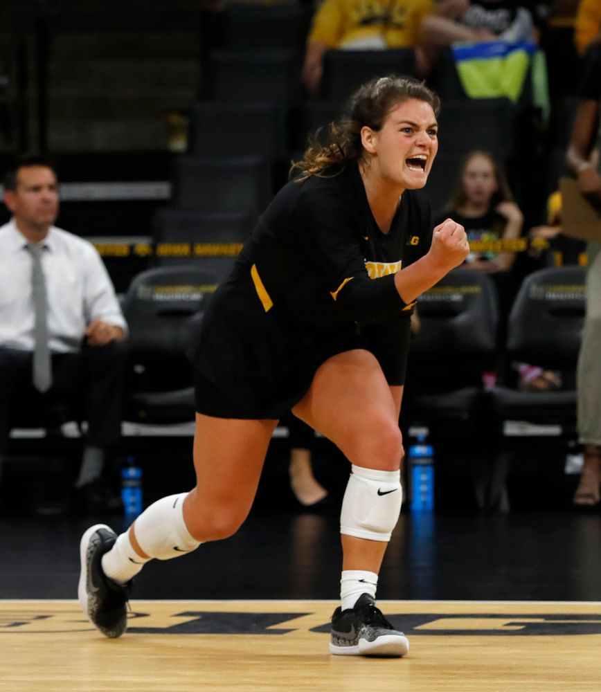 Iowa Hawkeyes defensive specialist Molly Kelly (1) against the Michigan Wolverines Sunday, September 23, 2018 at Carver-Hawkeye Arena. (Brian Ray/hawkeyesports.com)