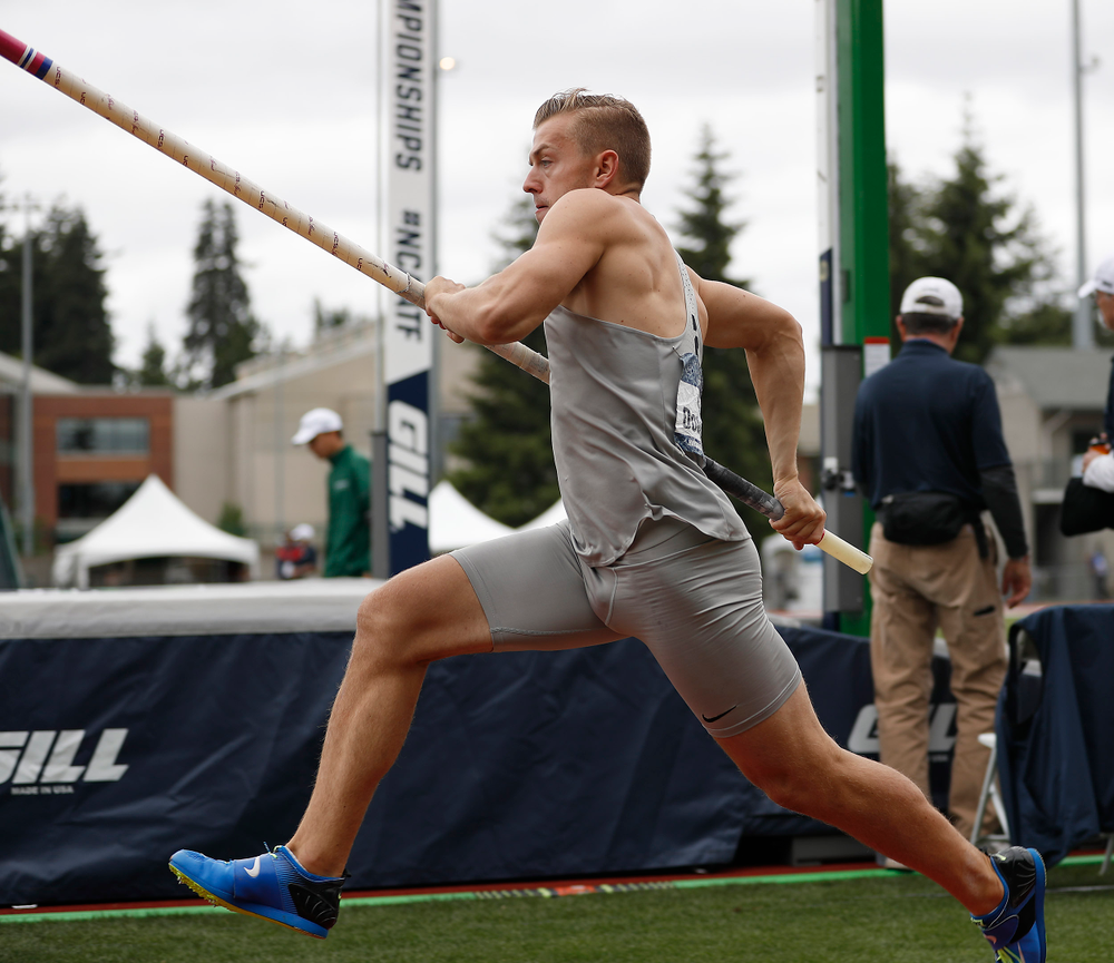 William Dougherty, Dec pole vault