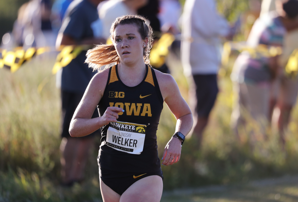 IowaÕs Lindsay Welker runs in the 2019 Hawkeye Invitational Friday, September 6, 2019 at the Ashton Cross Country Course. (Brian Ray/hawkeyesports.com)