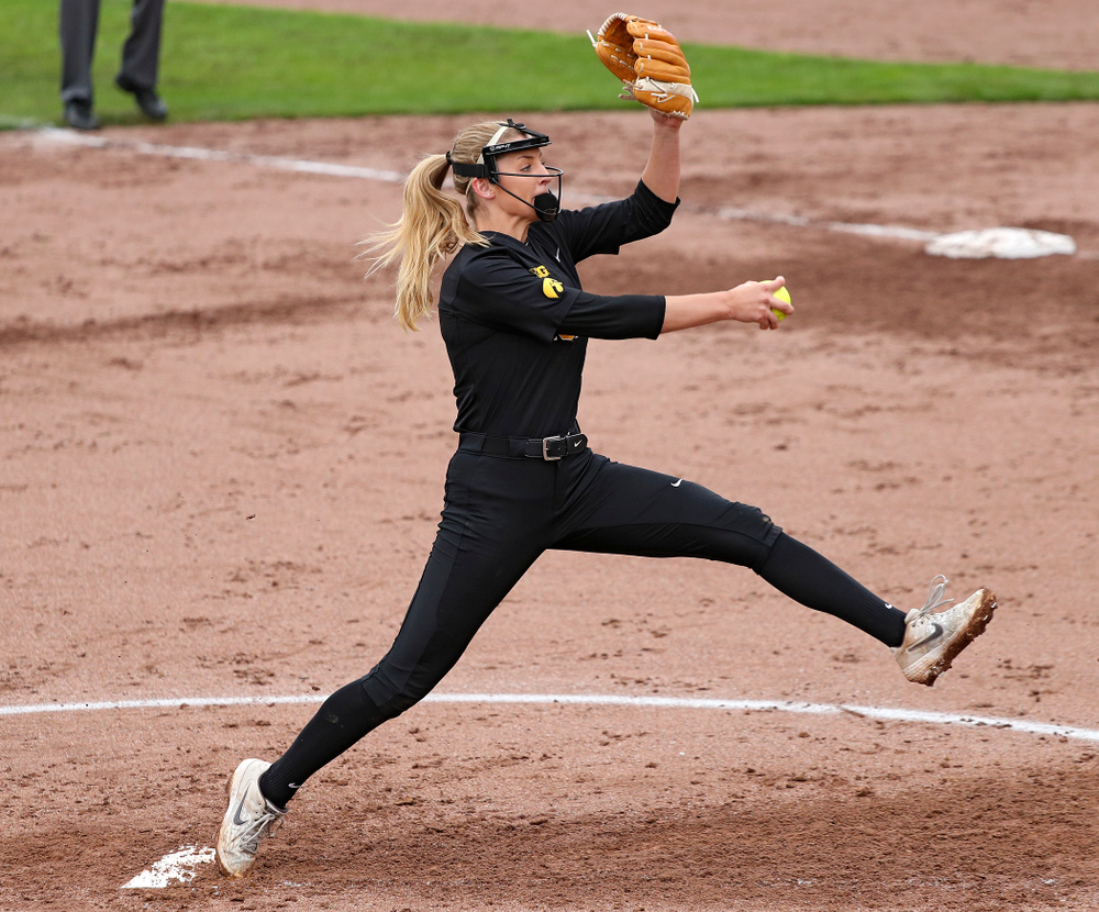 Iowa pitcher Allison Doocy (3) delivers to the plate during the fourth inning of their game against Iowa Softball vs Indian Hills Community College at Pearl Field in Iowa City on Sunday, Oct 6, 2019. (Stephen Mally/hawkeyesports.com)