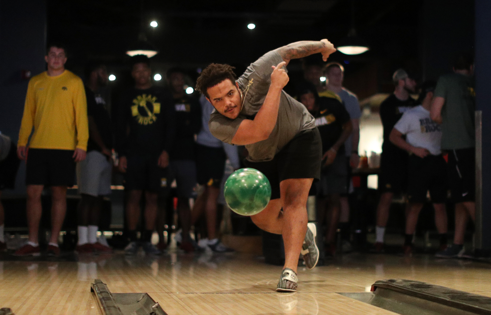 Iowa Hawkeyes defensive lineman Noah Shannon (99) during the Players' Night at Splitsville Friday, December 28, 2018 in the Sparkman Wharf area of Tampa, FL.(Brian Ray/hawkeyesports.com)