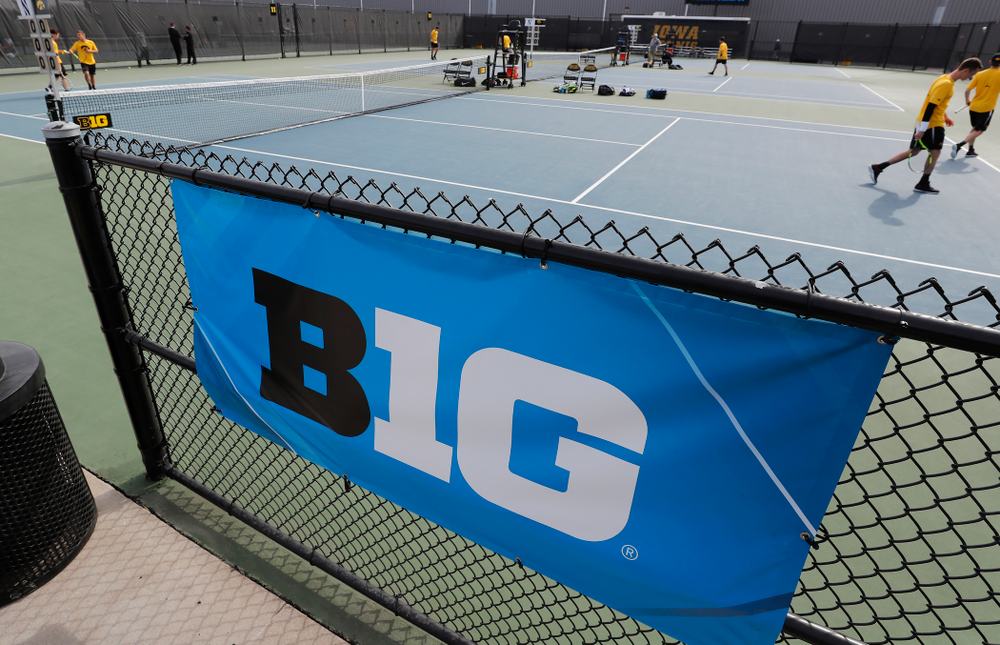 Iowa against Northwestern in the first round of the 2018 Big Ten Men's Tennis Tournament Thursday, April 26, 2018 at the Hawkeye Tennis and Recreation Complex. (Brian Ray/hawkeyesports.com)