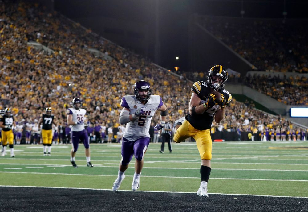 Iowa Hawkeyes wide receiver Nick Easley (84) pulls down a pass for a touchdown against the Northern Iowa Panthers Saturday, September 15, 2018 at Kinnick Stadium. (Brian Ray/hawkeyesports.com)